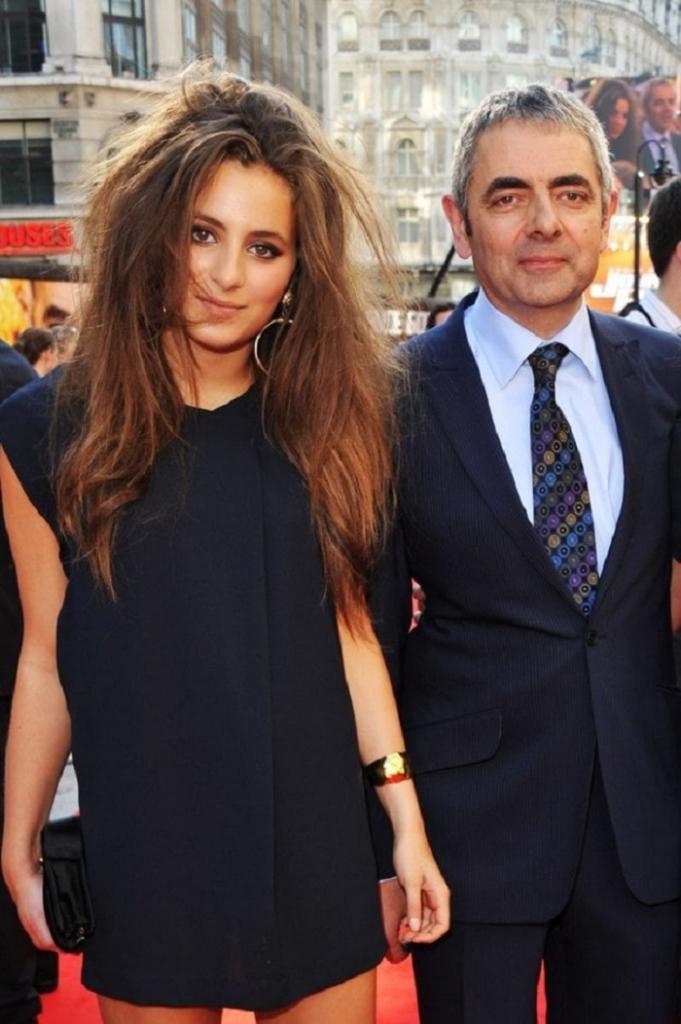 Красивая дочь, некрасивого отца: так на самом деле выглядит Лили Аткинсон