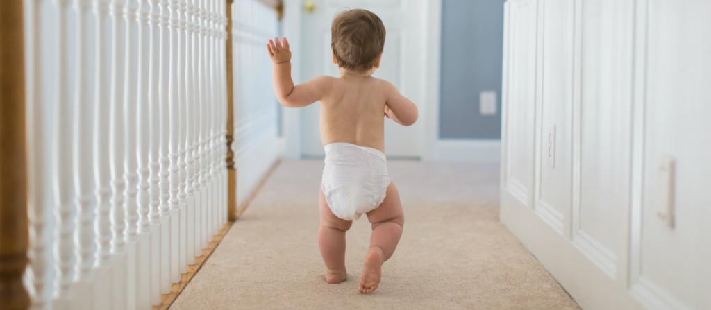 Картинки с детьми начинающими ходить