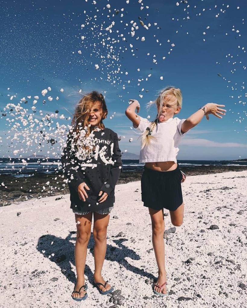 Можно перепутать и съесть! Песок на Канарских островах, который выглядит, как попкорн
