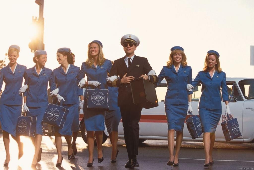 Почему не стоит летать в шортах? 10 нужных советов от стюардесс и пилотов