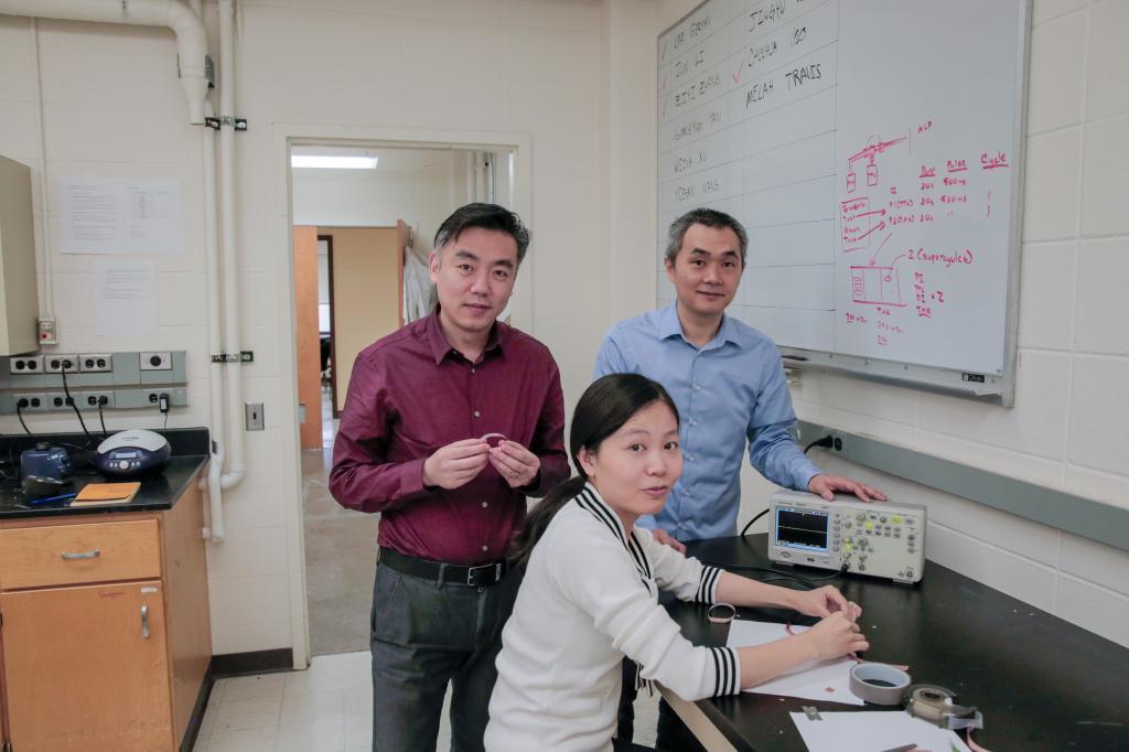 Разработана новая повязка для быстрого заживления ран с помощью электрических импульсов