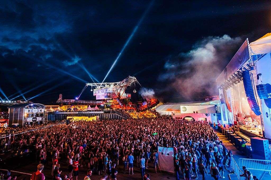 10 лучших фестивалей по всему миру в 2019-м: от пляжной дискотеки до шествия гурманов