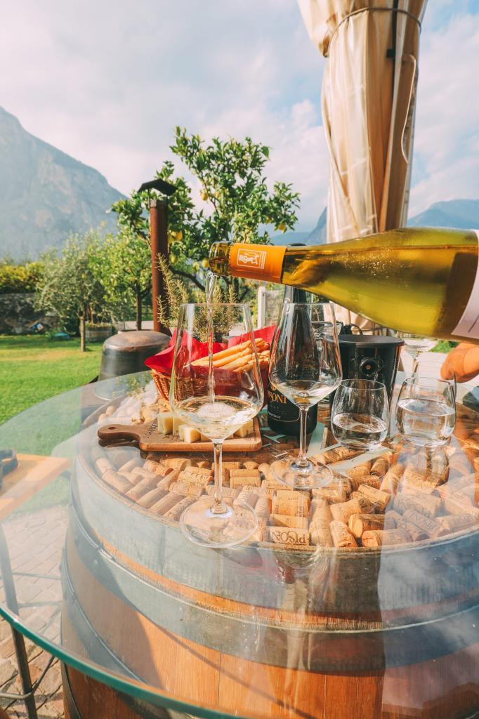 Жемчужина Италии - озеро Гарда, где можно отдохнуть и попробовать традиционные итальянские блюда
