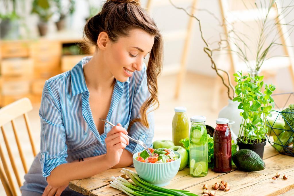 Потеря веса, укрепление зубов и десен, ясность ума и другие причины есть черный перец каждый день