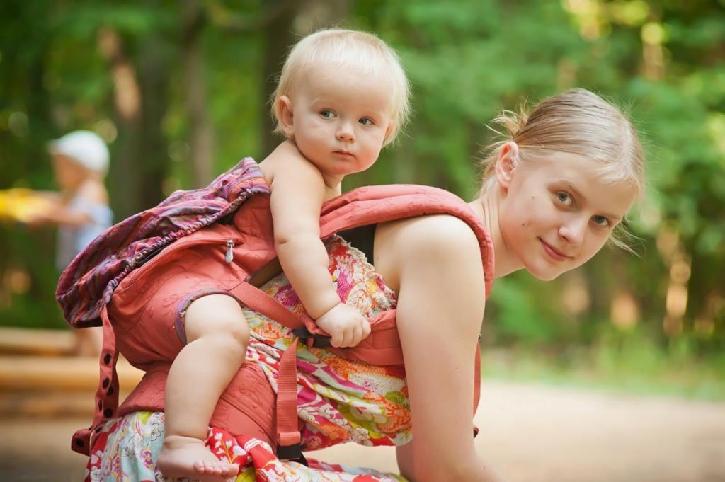Картинки молодая мама с детьми