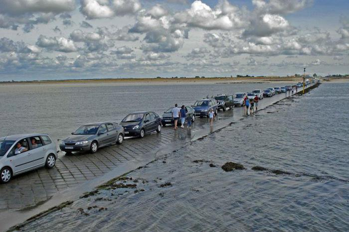 во франции дорога вода уходит туризм