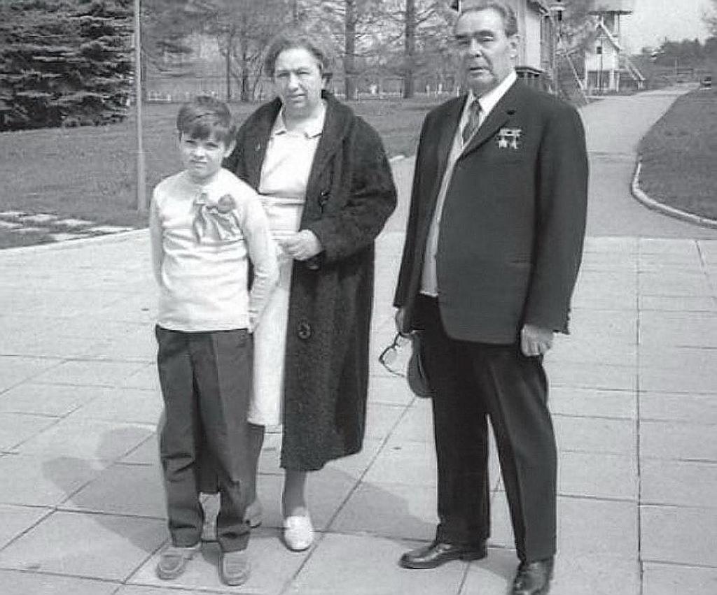 Судьба Андрея Брежнева: лежало ли семейное проклятие на внуках генсека