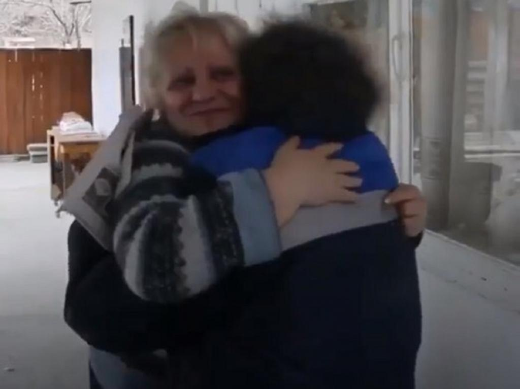 83-летняя почтальон из Северной Осетии Екатерина Дзалаева каждую неделю пешком преодолевает расстояние в 60 км