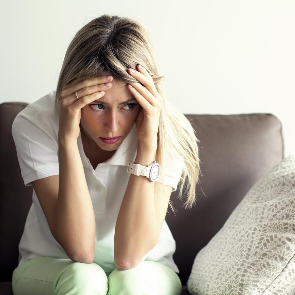 Переживание отрицательных эмоций может сделать нас менее доверчивыми, утверждают ученые