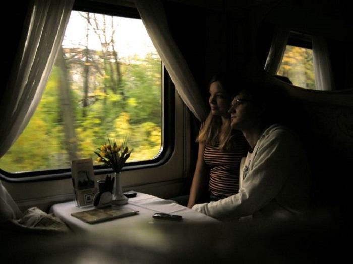 Картинки путешествующих в поезде