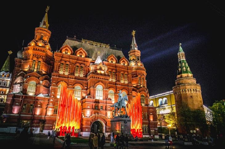 Крах стереотипов: девушка из Сингапура побывала в России и сравнила свои впечатления с информацией из СМИ