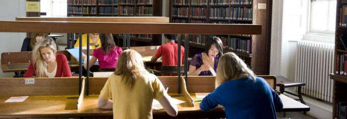 university student life essay The university of chicago has long been and current college students and ask them for essay is the armor to survive the reality of everyday life.