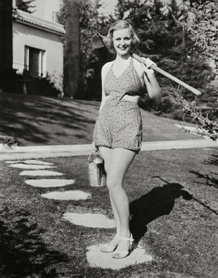 Глория Стюарт в молодости