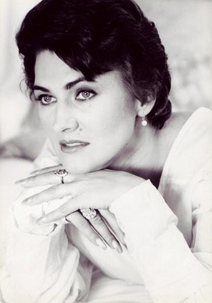светодиодные галина логинова актриса фото ризамата унаследовал сладкий