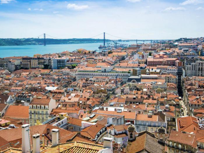 Алфама в Лиссабоне
