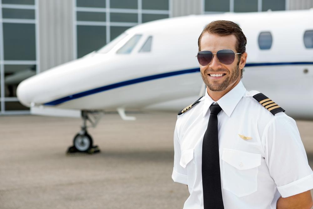 Самолет и пилот картинка