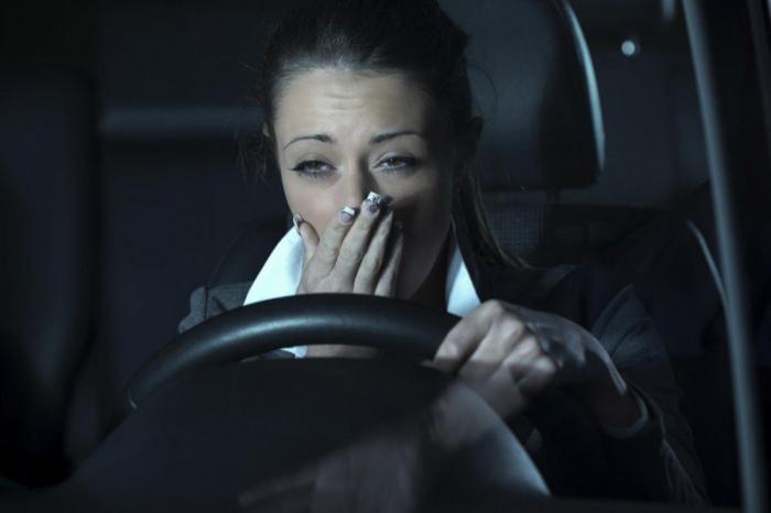 недосыпание авария риск водители автомобили дорожно-транспортное происшествие катастрофа высыпаться сон важно шофер автомобилист легковые автомобили