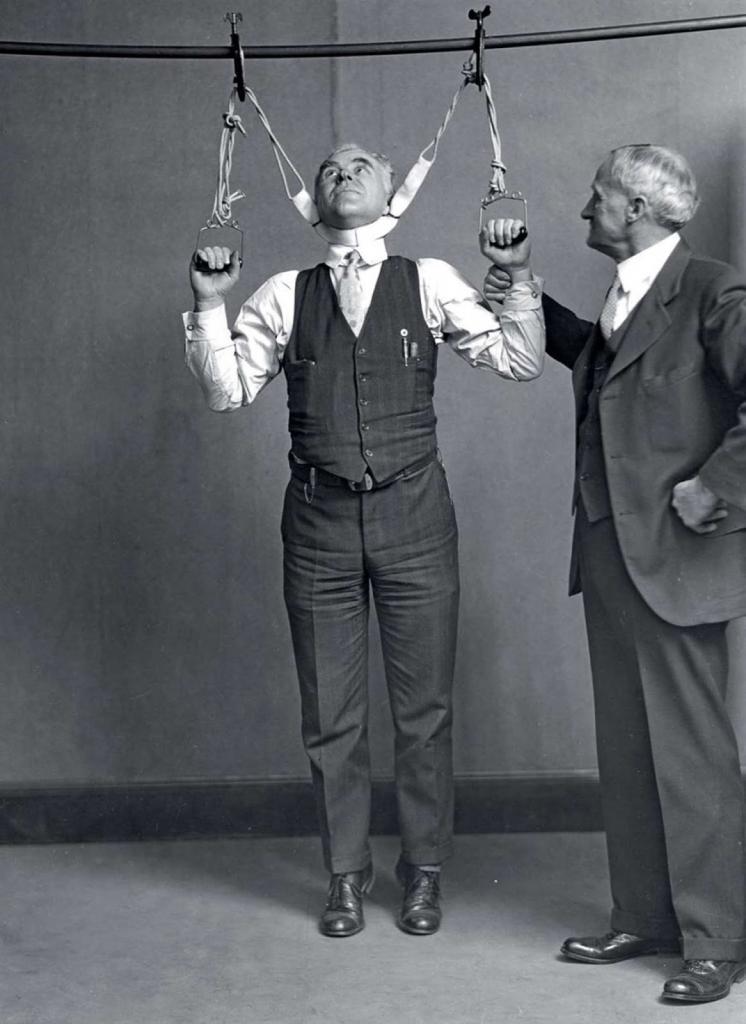 Ванны для улучшения кровообращения, рентгенография и другие медицинские процедуры в 1900-1940 годы (редкие фото)