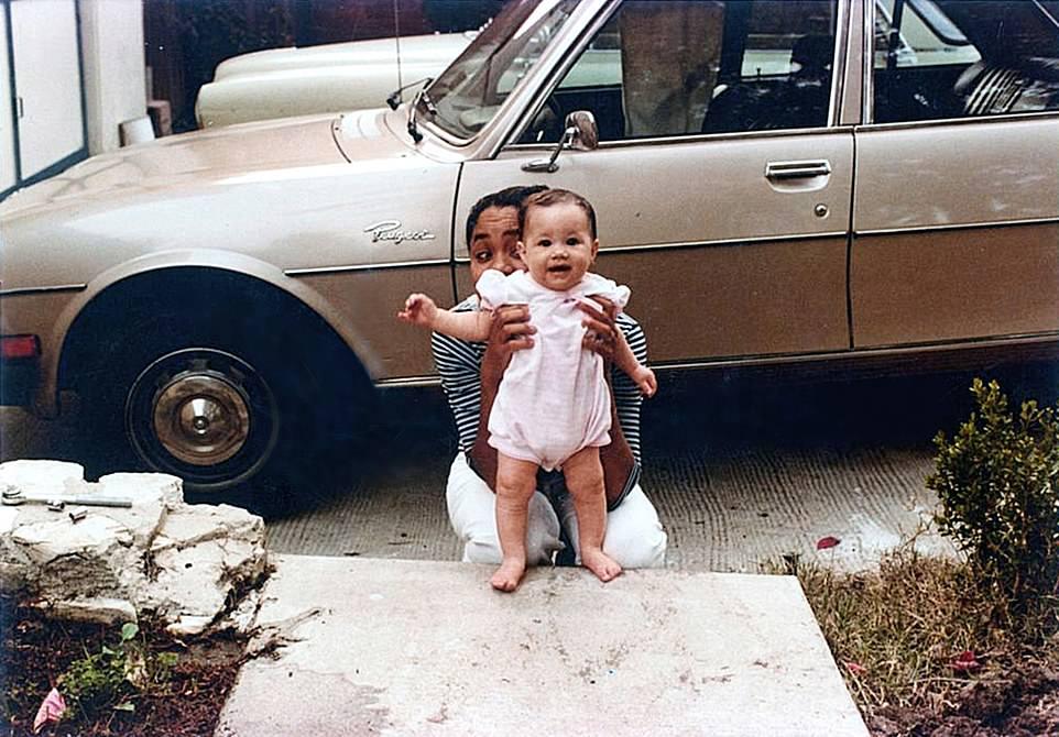 Первые фотосессии крошечной Меган Маркл с мамой и бабушкой
