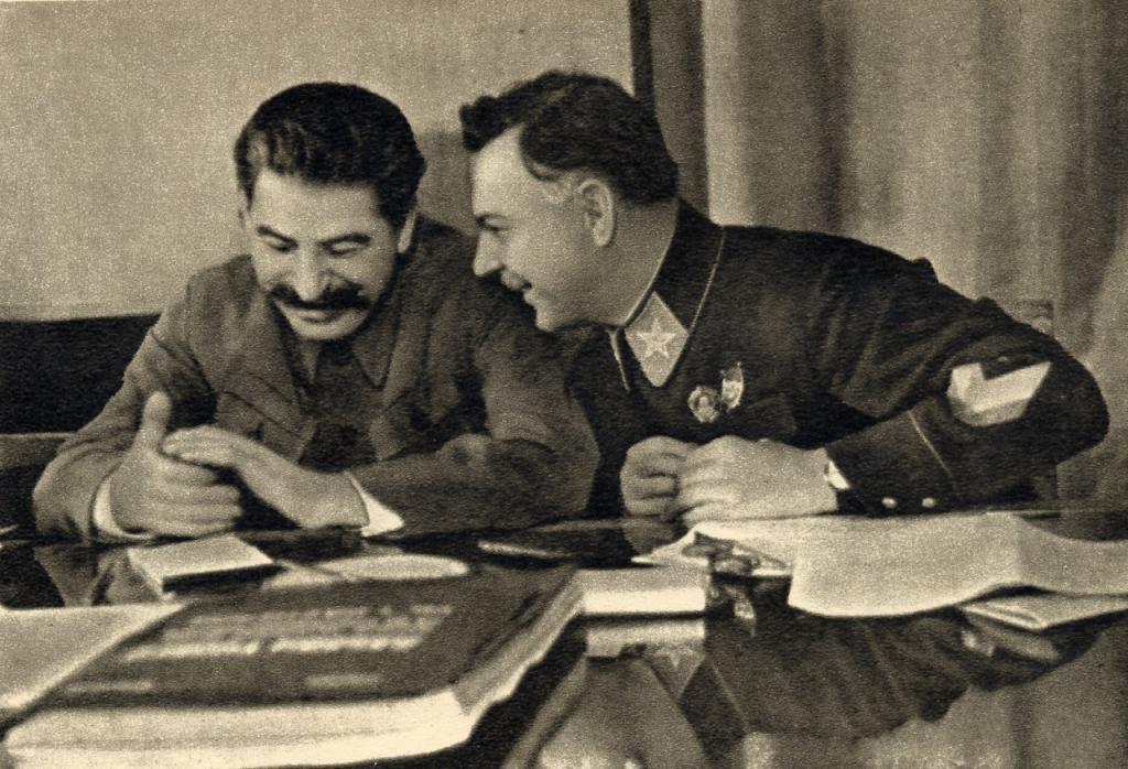 Почему Иосиф Сталин питал неприязнь ко Льву Троцкому