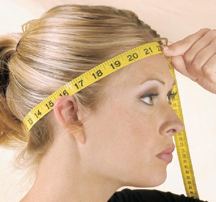 Широкий лоб, высокий рост, волосы на теле и другие признаки высокого интеллекта