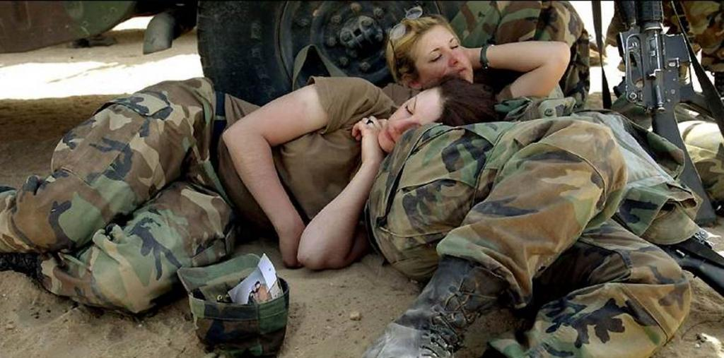 Уснуть за две минуты: метод, который применяется в армии США