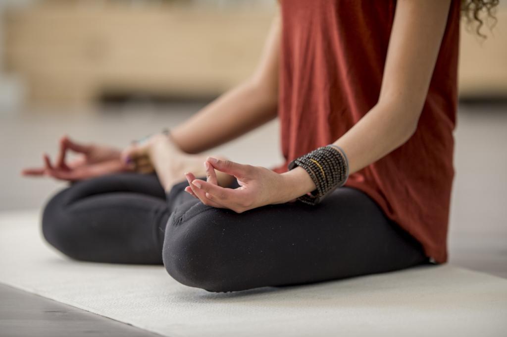Для эмоционального развития школьников полезна медитация: данные нового исследования