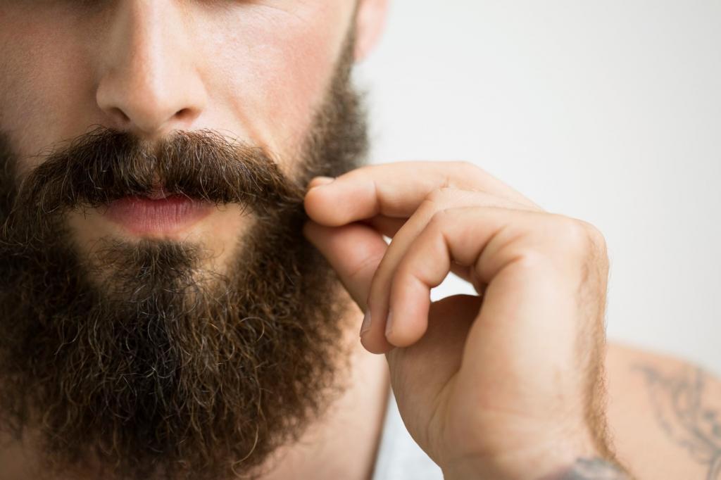 Побриться немедленно! Исследования показали, что в мужской бороде больше микробов, чем в собачьей шерсти