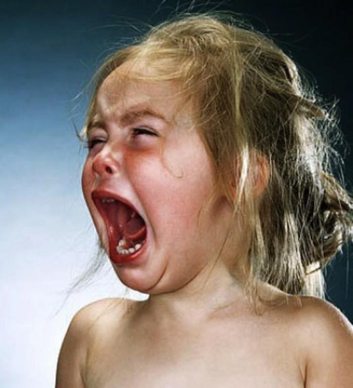 ребенок поест 2 минуты и орет термобелья отводить влагу