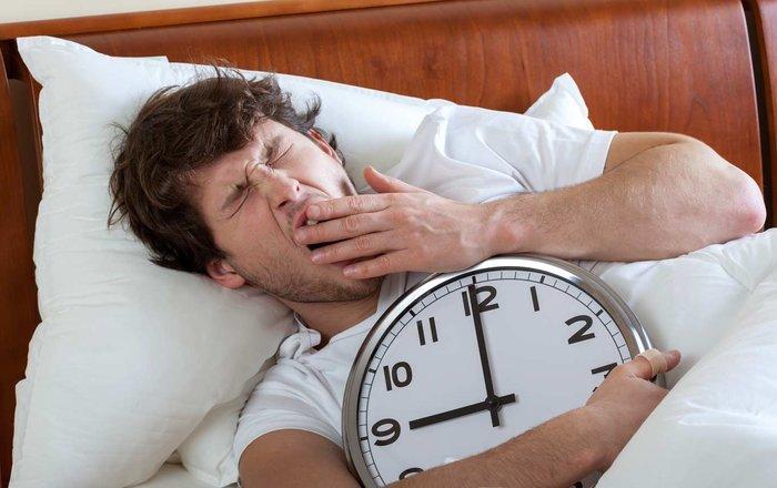 9 причин, почему люди чувствуют себя уставшими после пробуждения