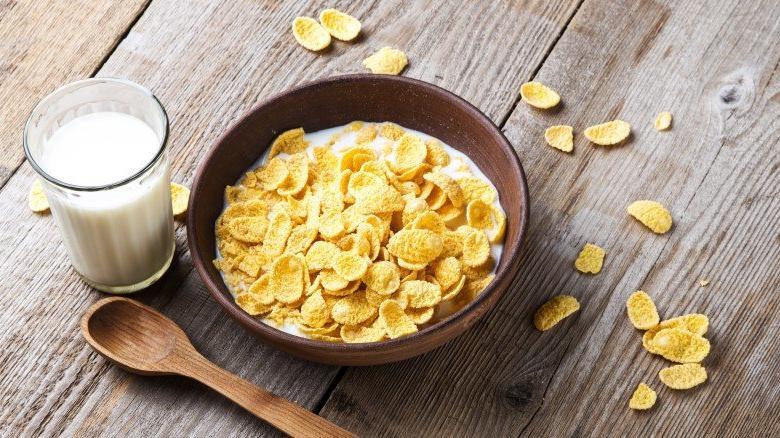 Еда, которая поможет крепче спать: что диетологи советуют есть на ночь
