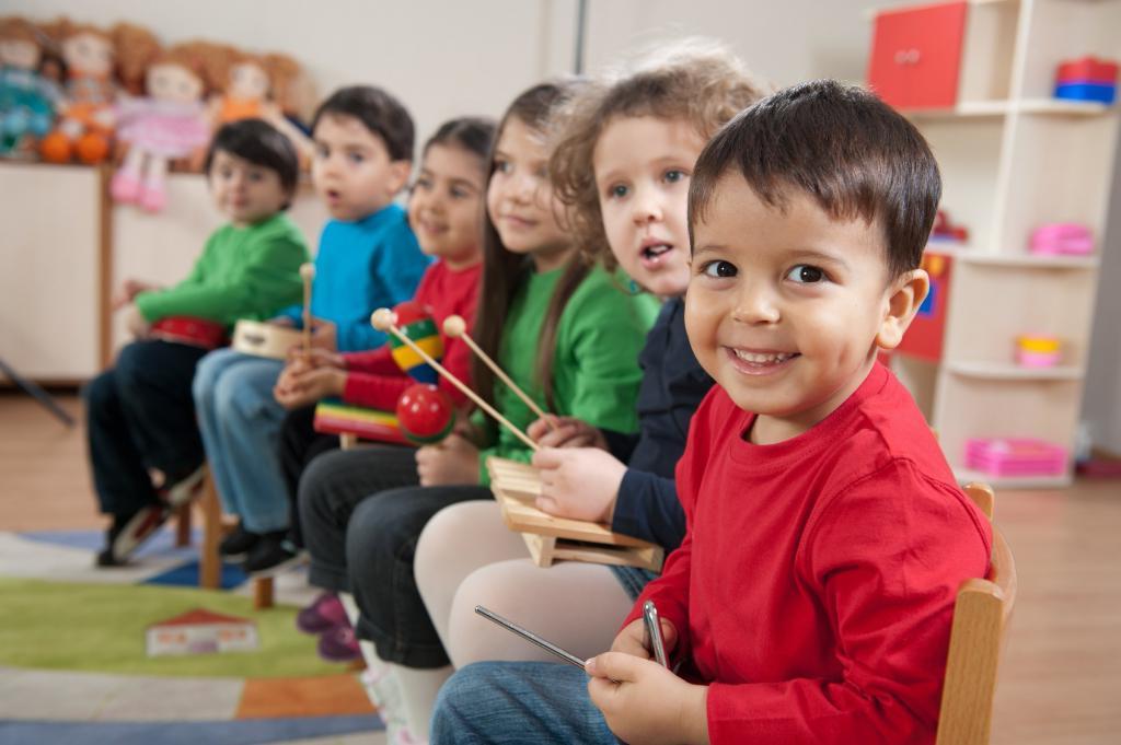 Детям в английском саду будет менять подгузники специальный человек