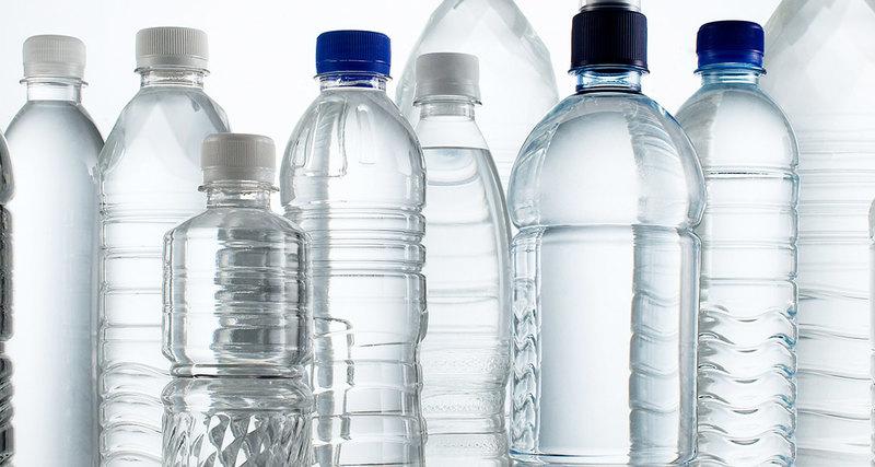Причины, по которым повторное использование пластиковых бутылок может нанести вред здоровью
