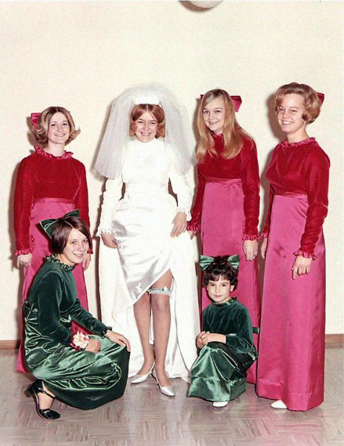 Платья подружек невесты, которые доказывают, что у последней не всегда есть вкус