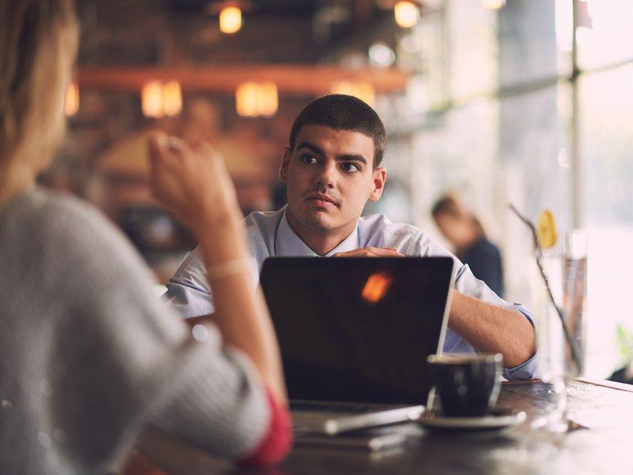 Хватит искать оправдания: 9 скрытых признаков того, что ваш коллега обычный лентяй