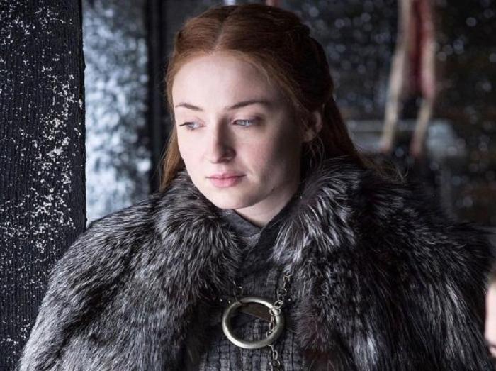 Недовольство нарастает: в сети набирает популярность петиция от фанов «Игры престолов», требующих переснять 8 сезон