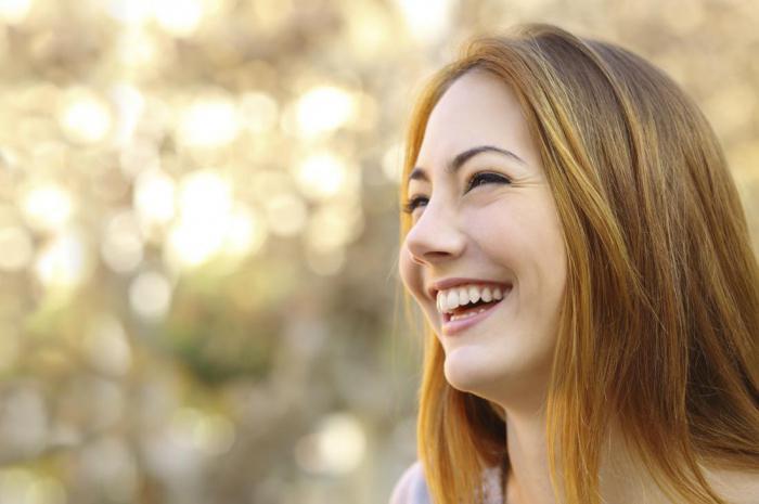 Как в считанные минутки начать улыбаться: одиннадцать совето…