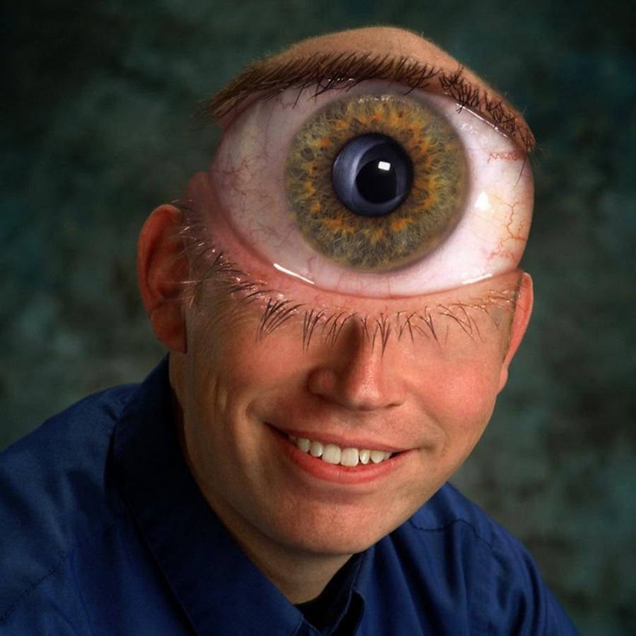 самом деле мужчина с самыми большими глазами фото перечень моделей