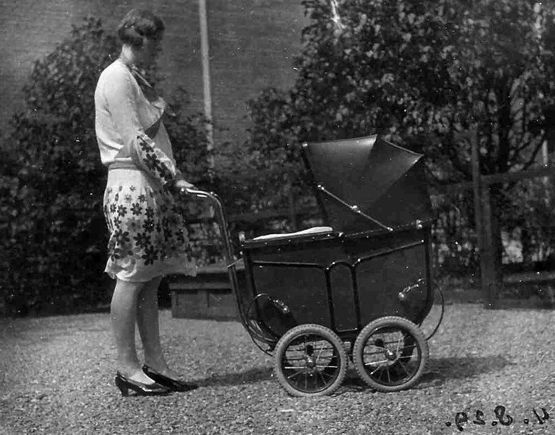 коляски в советском союзе фото это мелкий
