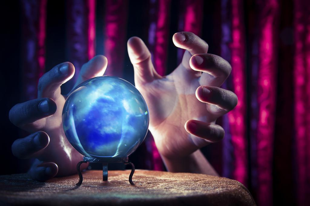 Почему люди верят в тесты и гороскопы? Психологи называют это явление эффектом Барнума