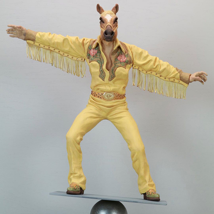 Зверь внутри тебя: фантастические скульптуры людей с головами животных