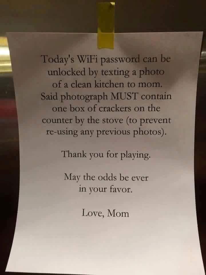 Позарилась на святое: мама придумала способ, как заставить детей убрать кухню