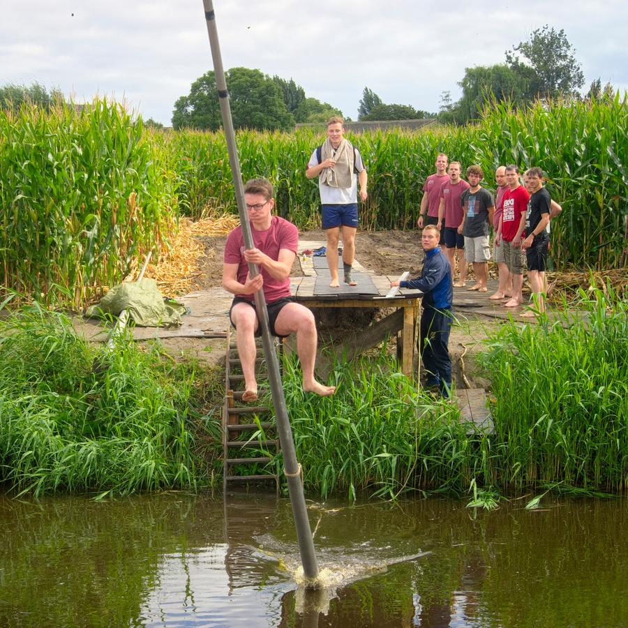 Перепрыгни канал: веселый, но серьезный спорт голландцев