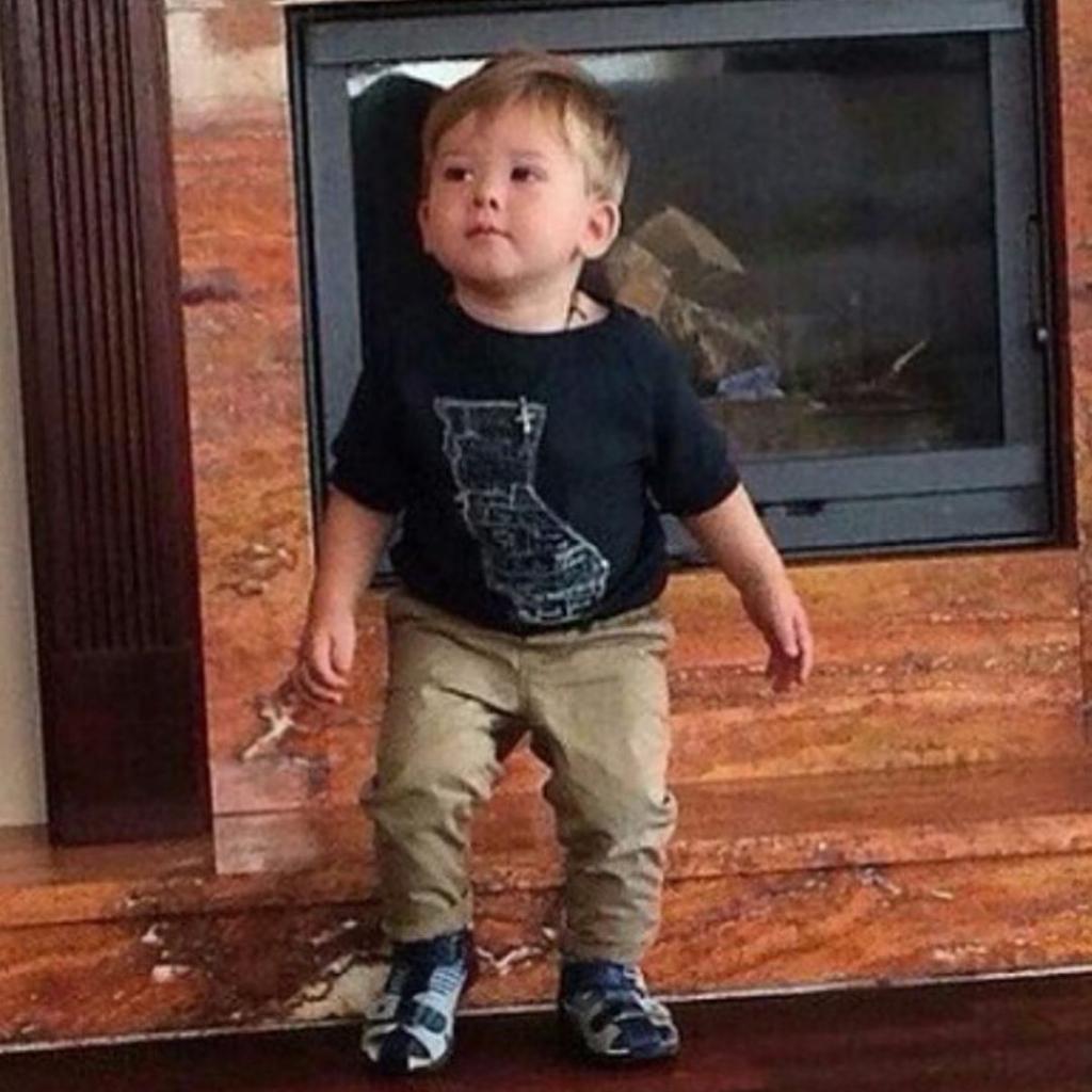 Жанны Фриске не стало 4 года назад. Ее сыну Платону уже 6 лет, и он растет настоящим красавцем (фото)