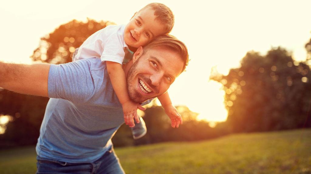 Новое исследование показало, что дети перенимают большую часть словарного запаса своих отцов