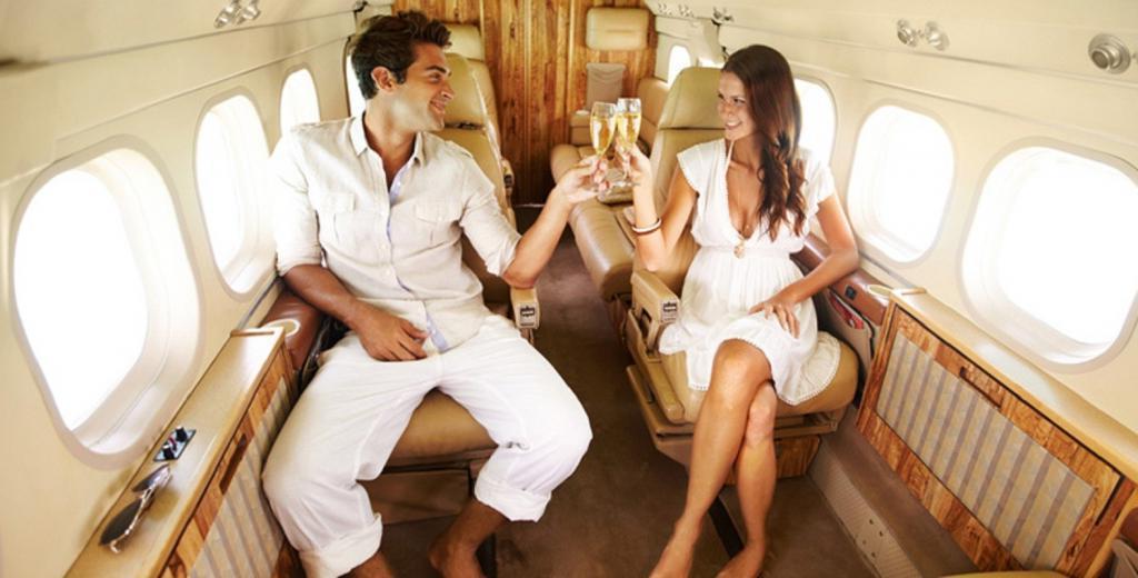 Свидание с миллионером: от путешествия на яхтах до благотворительных акций
