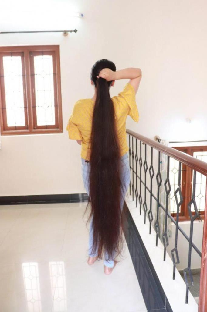Настоящая Рапунцель из Индии не стригла волосы больше 30 лет