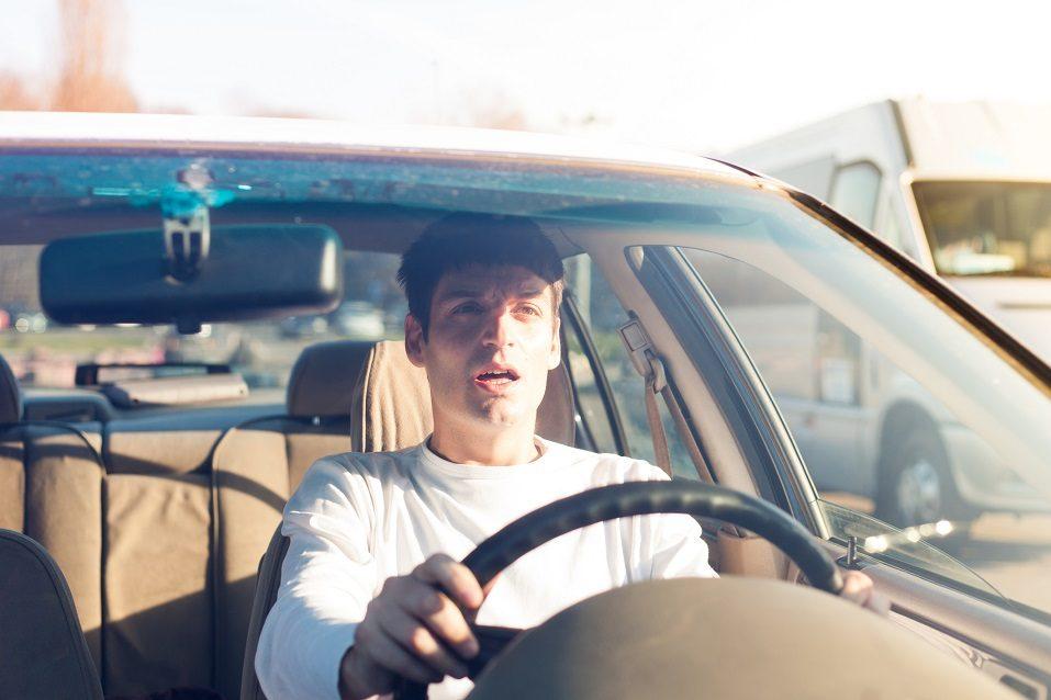 Самые дорогостоящие ошибки, которые люди совершают после автомобильной аварии: специалист рассказал, как избежать больших трат