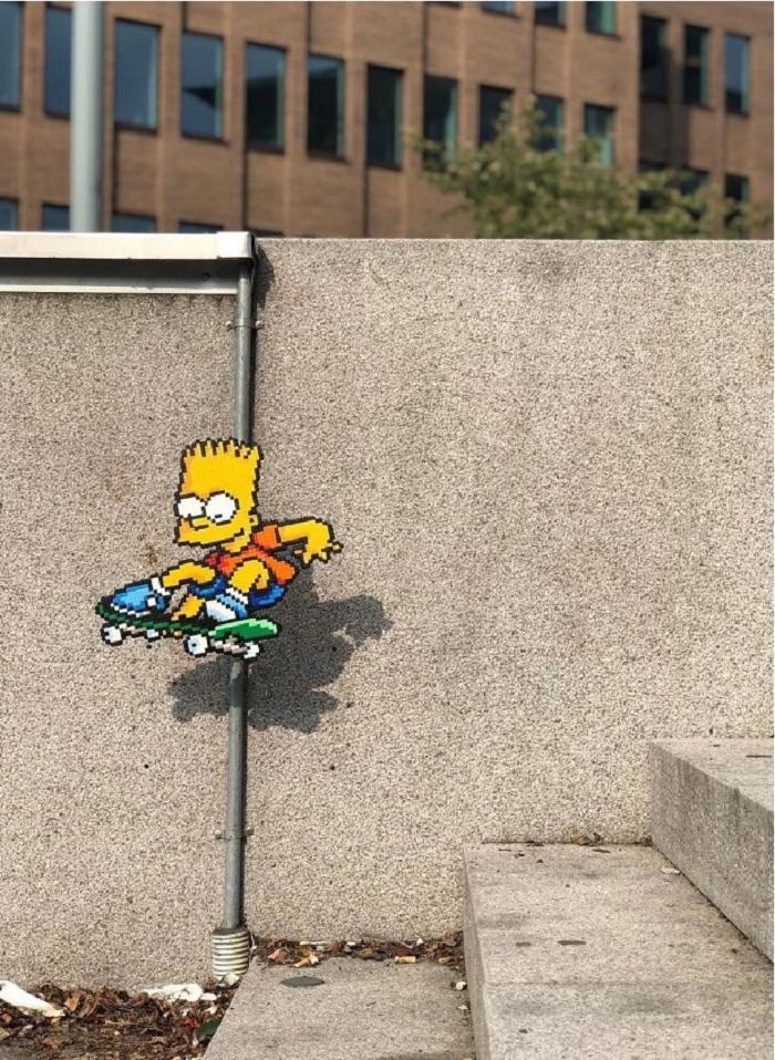 Необычное искусство: фотограф добавляет пиксельные изображения в нашу действительность (фото)