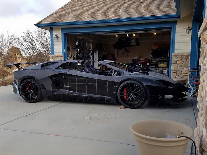 Если хочется Lamborghini, а денег на него нет: отец с сыном напечатали суперкар на 3D-принтерах (фото)